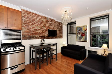 Charming 2 Bed in the LES