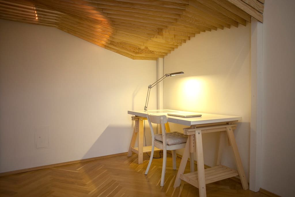 working space underneath the loft bed