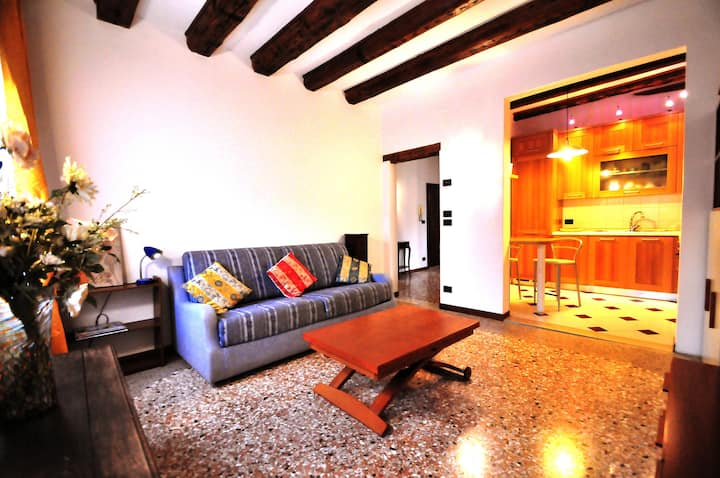 CaMeo apartment