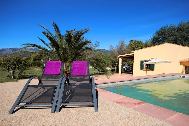 Countryside Family Cottage with Pool, BBQ & Wifi - Marratxí - Casa