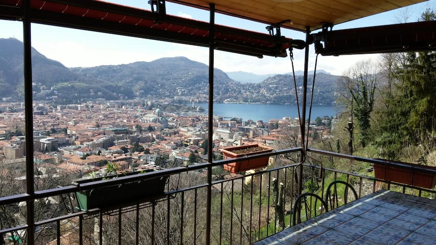 real pretty apartment over the city - Como - Appartement