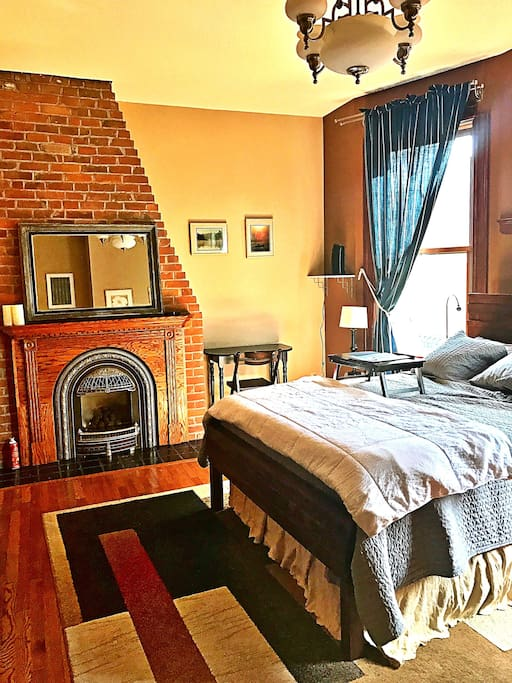 fireside private suite in historic cathedral hill lofts zur miete in saint paul minnesota