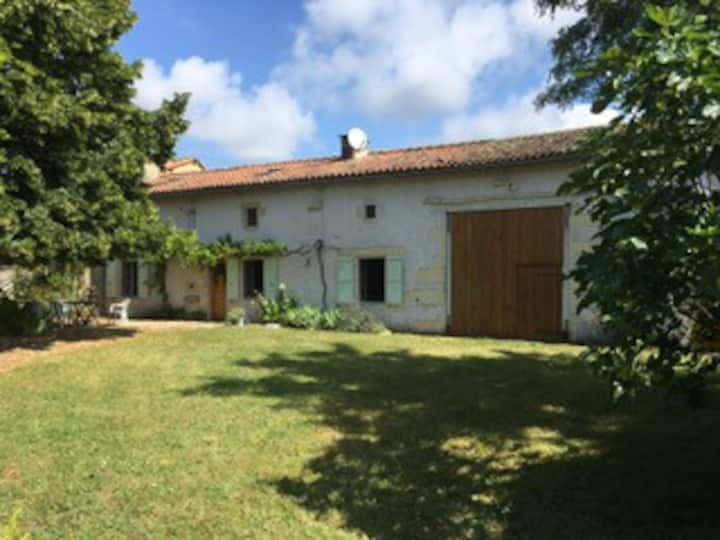 The Dovecot - traditional Charentaise  farmhouse