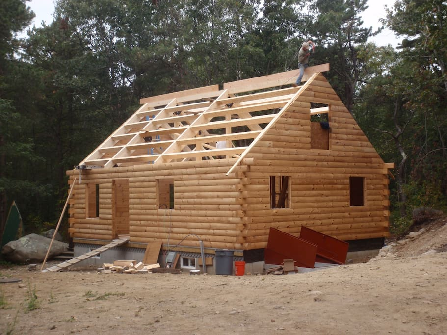 Building the Dogtown Cabin in 2014
