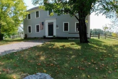 Back Bedroom 1767 Pettengill House
