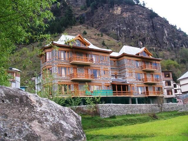 Amazing Stay in Beautiful valley - Kullu - Bed & Breakfast