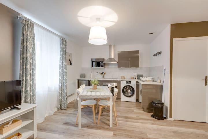 NOUVEAU - Grand Appartement 40m² proche port - Wifi haut débit
