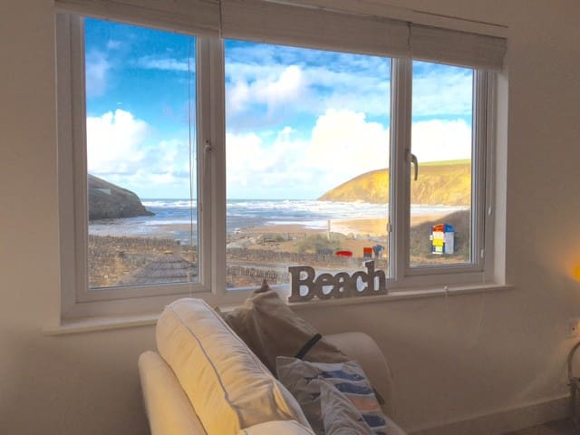 Fabulous Beach Pad 20paces From Sea - Mawgan Porth - Appartement