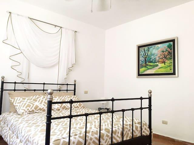 Airbnb 5 star apart