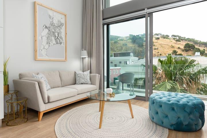 Lavish De Waterkant Loft Apartment