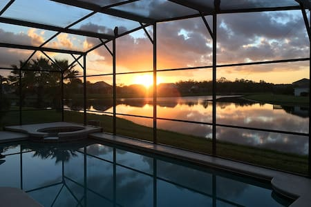 Your Home Away from Home Luxury Vacation Orlando - Kissimmee