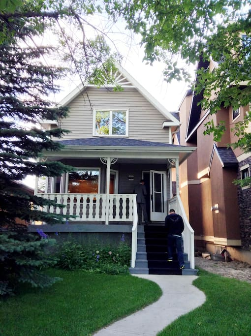 Beautiful Victorian Home, Modern comfort on the inside! Ample street parking at front of house, automated, detached garage on backside off alley.