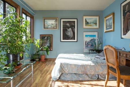 Fabulous Blue Bedroom w/Ocean View