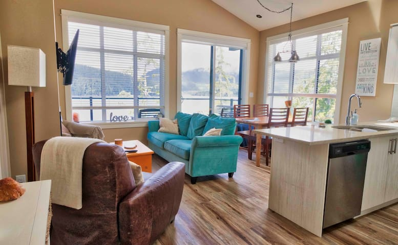Large comfortable living area with views!