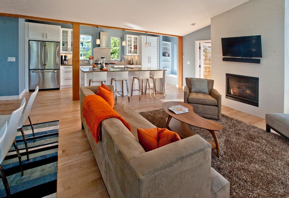 Open concept floor plan - A perfect home to entertain in.