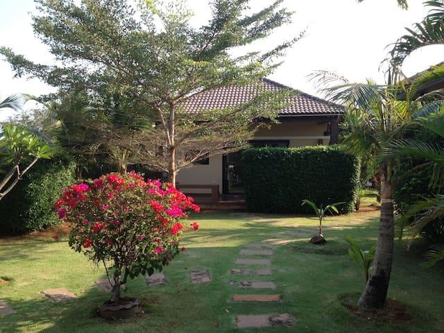 Srisawat Villa 2 - Pran Buri - Villa