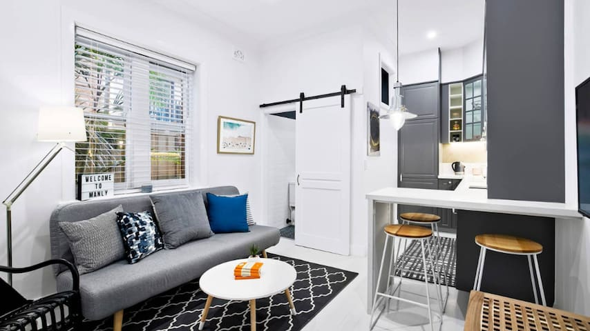 Stylish apartment in magnificent Manly