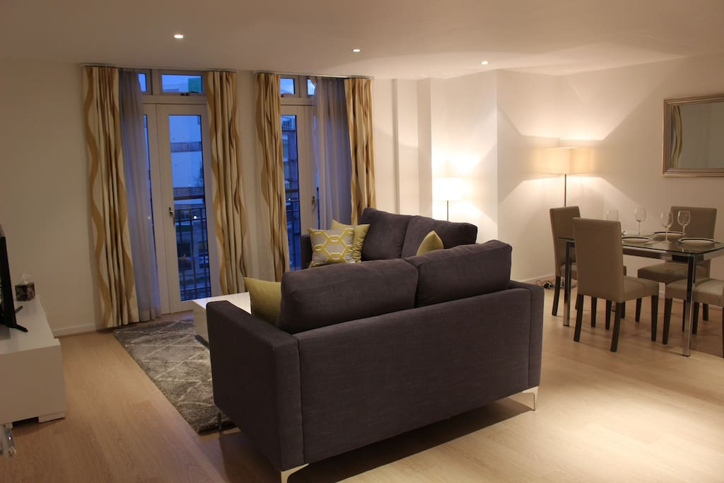 Luxury Two Bedroom Grand Terrace Apartments For Rent In Cambridge United Kingdom