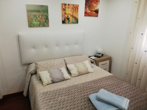 Habitacion privada en El Centro, wifi y desayuno
