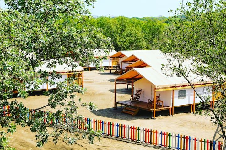 Beach front cabin II. Nahualapa beach. Surf spot.
