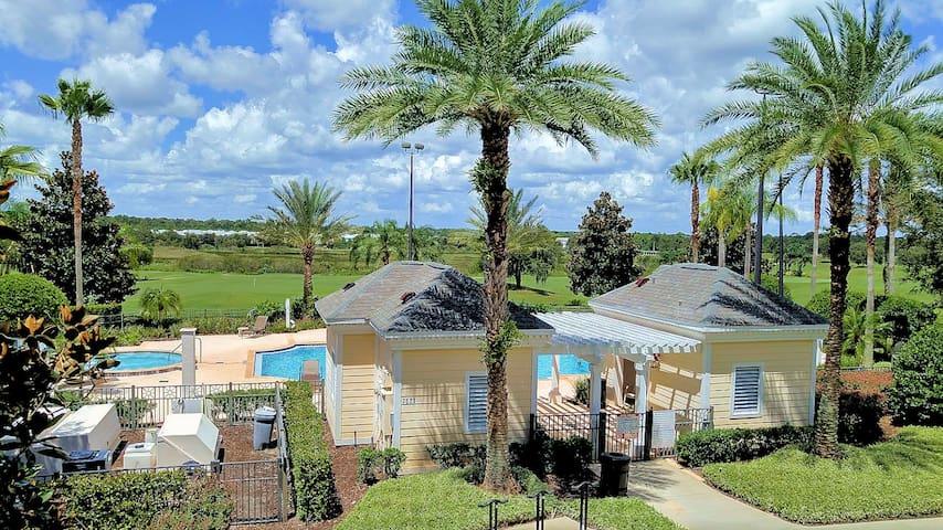 Villa PoolSyde 10 Minutes To Disney!!