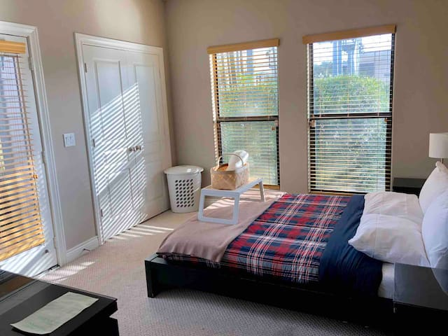 | EADO 1st Floor Suite+private bath | Downtown |
