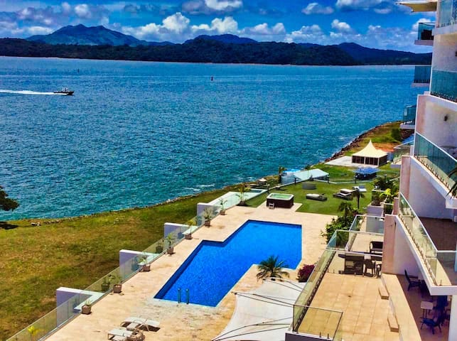 *Luxurious  ocean view directly PANAMA CANAL