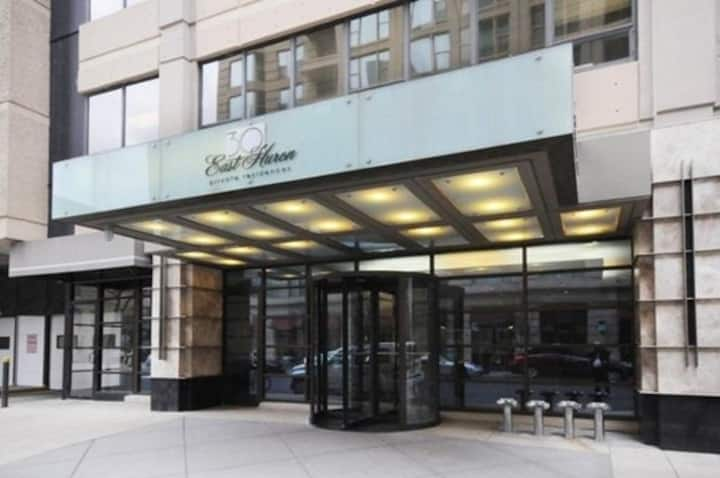 *Magnificent Mile Chicago Condo*