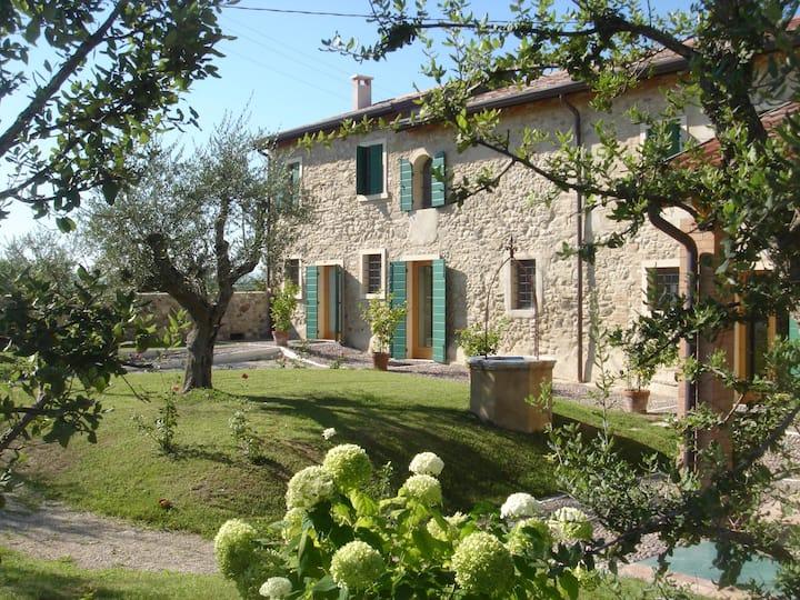 Guest House Cascina Girolda