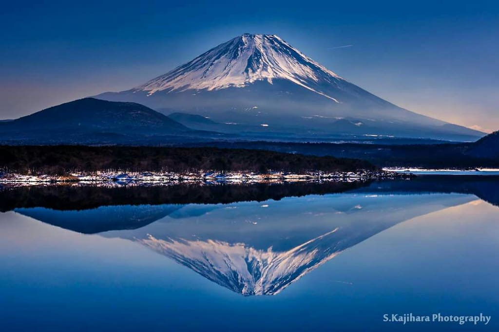 A view of Fujisan (Mt. Fuji) from Kawaguchiko Lake, which is only a couple of train stops away from Mitsutoge Station.