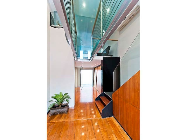 Bulwer Loft Apartment - 2 bedroom - Perth - Daire