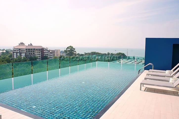 Spacious high floor apartment with Ocean View - Muang Pattaya - Service appartement