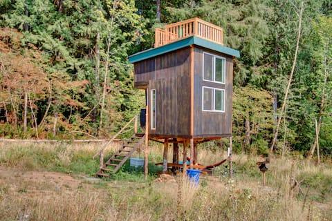 Papa's Treehouse @ Wildheart Farm + Forest Retreat