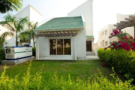 Nithra Guest House - Kanchipuram