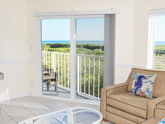 Spacious End Unit with Panoramic Views