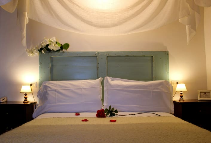 Borgo Sant'Angelo B&B - Gualdo Tadino - Bed & Breakfast