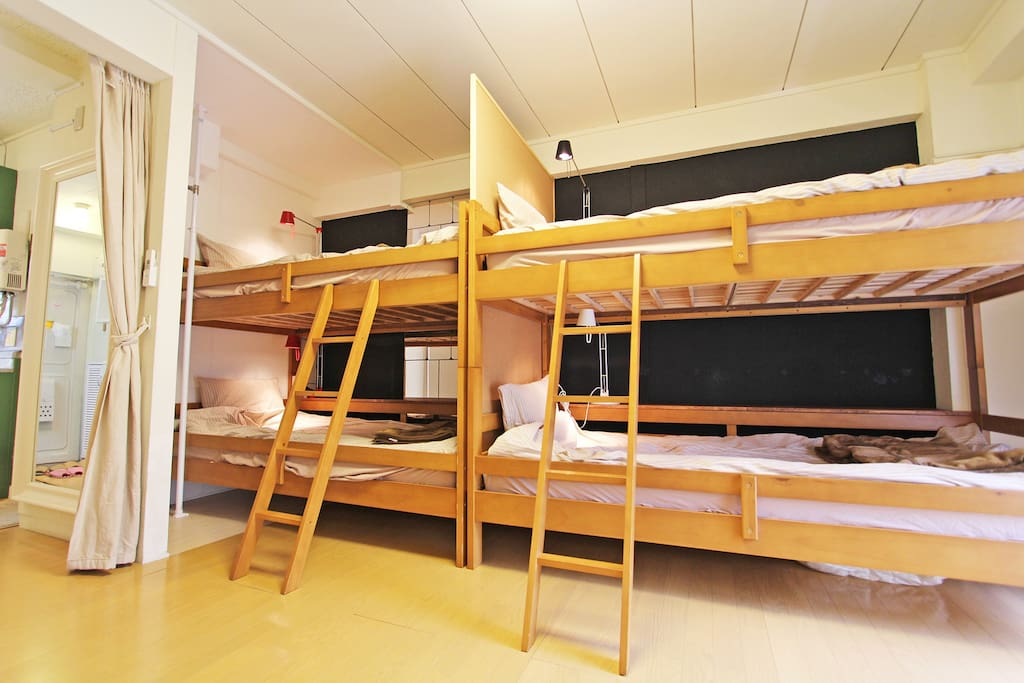 (At Night image) Bunk bed x2 Single sized 200cm x 100cm (2016/2-29 update) there is actually a safety small fence on upper level of the bank beds.