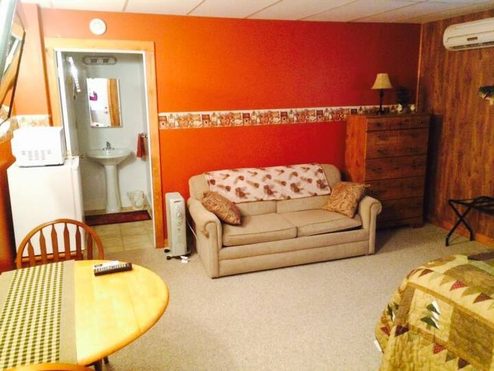 Beagle's BnB, Cabin Room