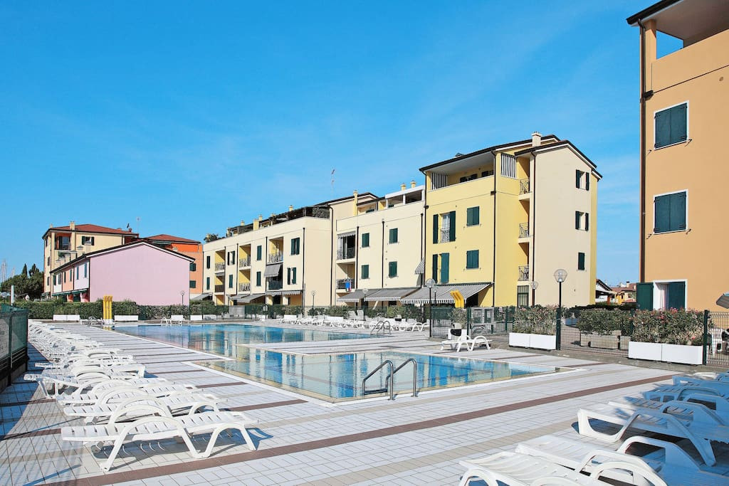 Apartment albatros a caorle adriatic sea adria italia for 2 camere da letto 1 bagno piani duplex