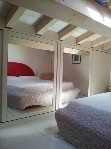 ISOLA D' ELBA ACCOGLIENTE CAMERA - Porto Azzurro - House