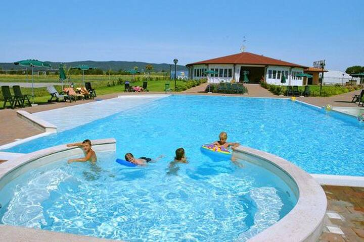 With garden, swimming pool for 4 p. - Scarlino Scalo - Pis