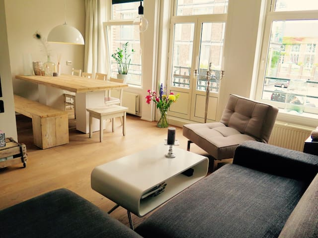 Sunny apartment in trendy Amsterdam East - Amsterdam - Apartment