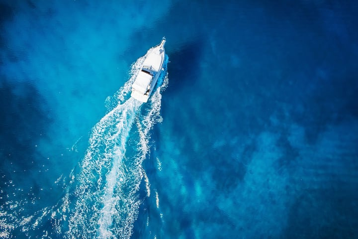 Miki Sport Fisherman Cruising & Water Sports