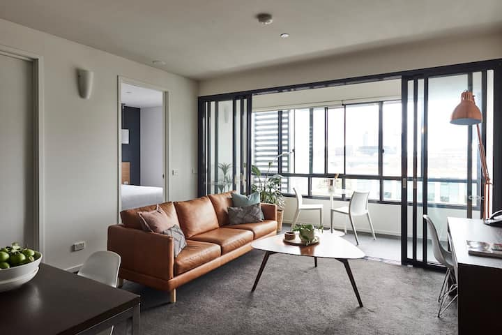 1 BEDROOM APARTMENT GEELONG CITY EASTERN BEACH