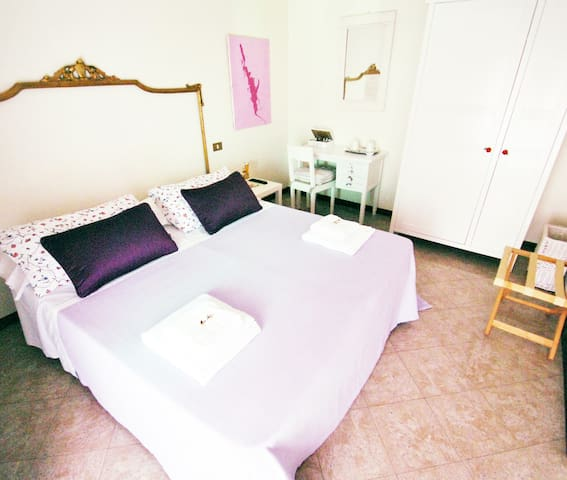 Charming BB in Mantova-double room - Curtatone - Bed & Breakfast