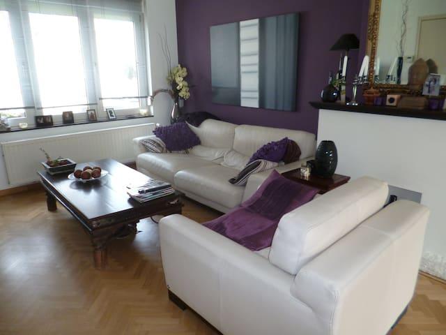 Maison très spacieuse avec jardin - Vilvoorde - Hus