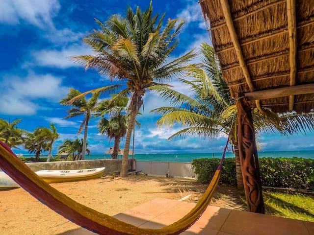 Hermosa suite amb vistes al mar amb vistes frontals a la platja