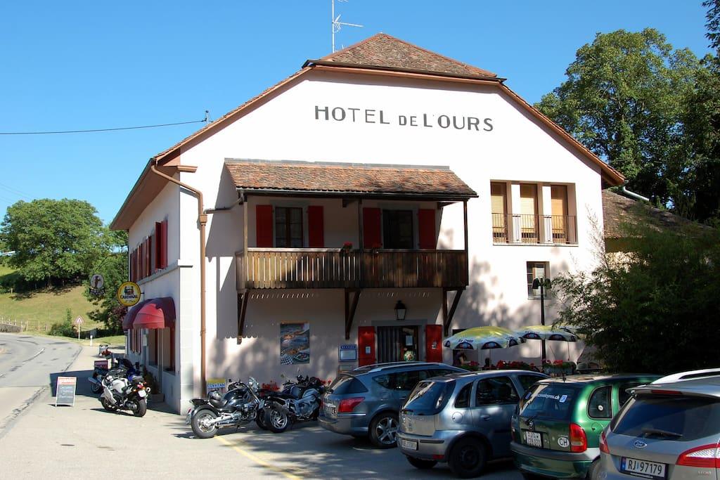 Hotel de l 39 ours vuiteboeuf near yverdon chambres d for A louer a yverdon