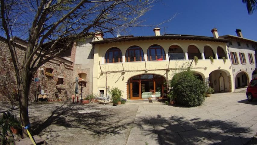 B&B near Garda Lake in countryside - Bedizzole - Apartmen
