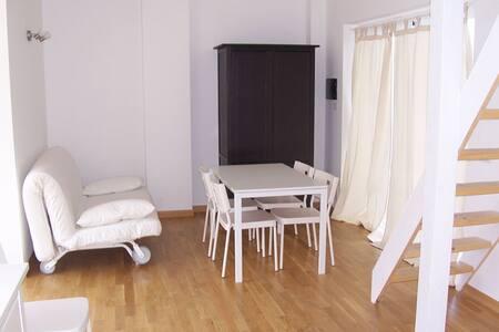 2 appartamenti attigui in villa - Acquedolci